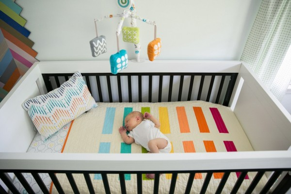 Quarto de beb colorido for Idea de la habitacion de los padres