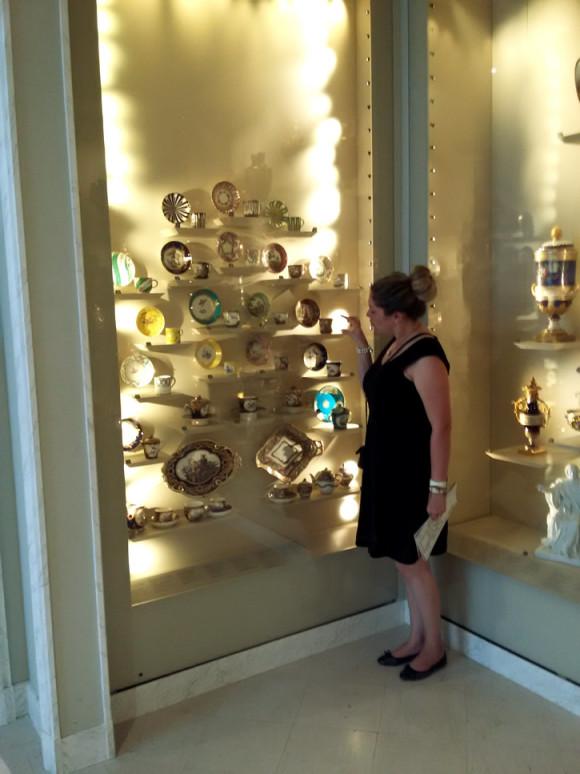 E claro que tinha que ter cristaleiras maravilhosas